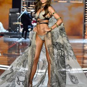 Taylor Hill: Ο Άγγελος της Victoria's Secret χωρίς μακιγιάζ!