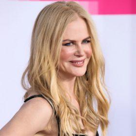 Η Nicole Kidman πόζαρε με το πιο όμορφο pixie cut