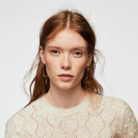Αυτό είναι το οικονομικό πουλόβερ που αγοράζουν όλες οι fashion editors