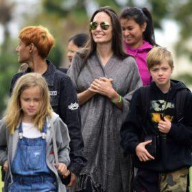 Αγοράζει σπίτι στη Μύκονο η Angelina Jolie;