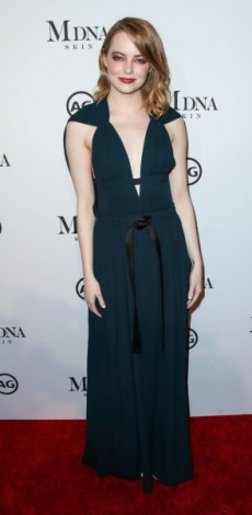EMMA STONE, LOOK OF THE DAY, MOSAIC