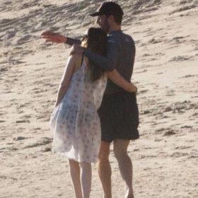 Dakota Johnson: Ο νέος της σύντροφος είναι ο πρώην της Gwyneth Paltrow