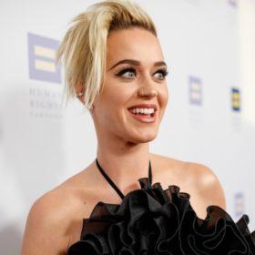 Katy Perry: Με αυτό τον τρόπο αντιμετώπισε τους μαύρους κύκλους κάτω από τα μάτια της