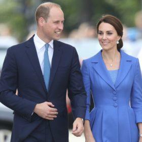 OMG! Δεν έχουμε δει κανένα μέλος της βασιλικής οικογένειας να κάνει κάτι τέτοιο στα μαλλιά του