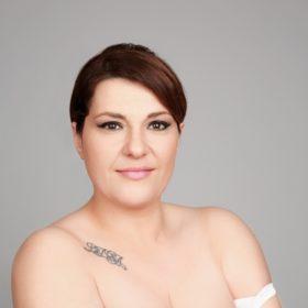Κατερίνα Ζαρίφη: Τα νέα της μαλλιά δεν μας αρέσουν πολύ