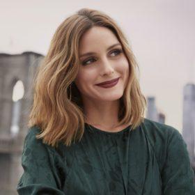 Λατρεύετε τις jupe culottes; Η Olivia Palermo μας δείχνει πώς να τις φορέσουμε αυτή την εποχή