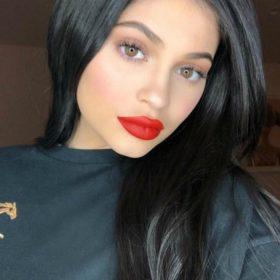 Kylie Jenner: Το «συγγνώμη» στους θαυμαστές της και ο λόγος που απέκρυψε την εγκυμοσύνη της