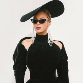 BabyBoom: H Beyoncé άνοιξε τη συναυλία της δείχνοντας μας τα δίδυμα παιδιά της