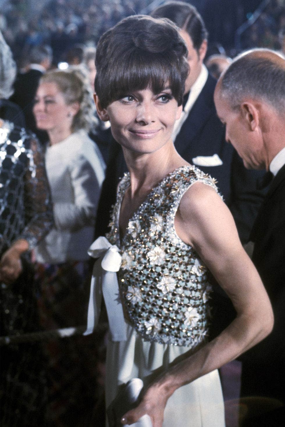 audrey hepburn givenchy dress oscar