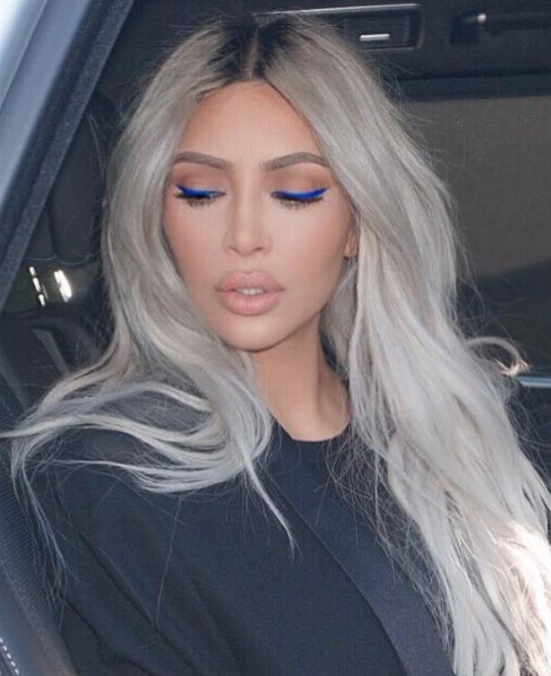 Instagram@kimkardashian, εκκεντρικά