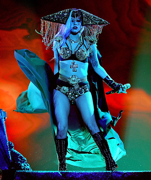 lady-gaga-outrageous-outfits