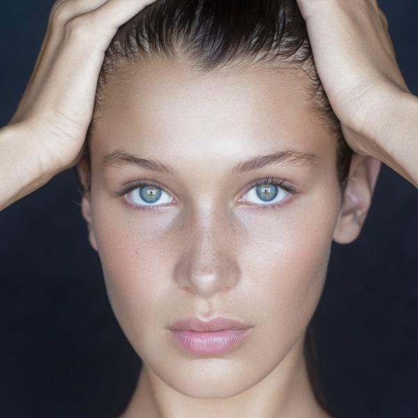 Bella Hadid skin, δέρμα