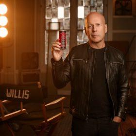 Bruce Willis: Ο ηθοποιός στα 63 του κάνει και πάλι τη διαφορά
