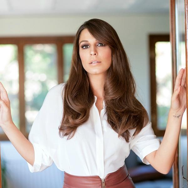 Ο makeup artist της Κατερίνας Παπουτσάκη μας αποκάλυψε πώς θα κάνετε το τέλειο no makeup makeup look