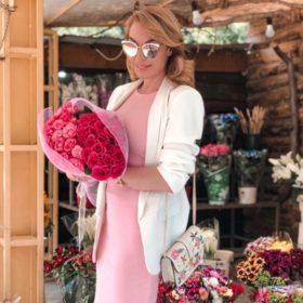 Τατιάνα Στεφανίδου: Ξεκινά την εβδομάδα της με το πιο chic look