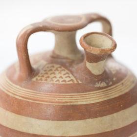 Ξέρουμε ακριβώς πώς μύριζε το άρωμα που φορούσαν οι γυναίκες στην Αρχαία Ελλάδα