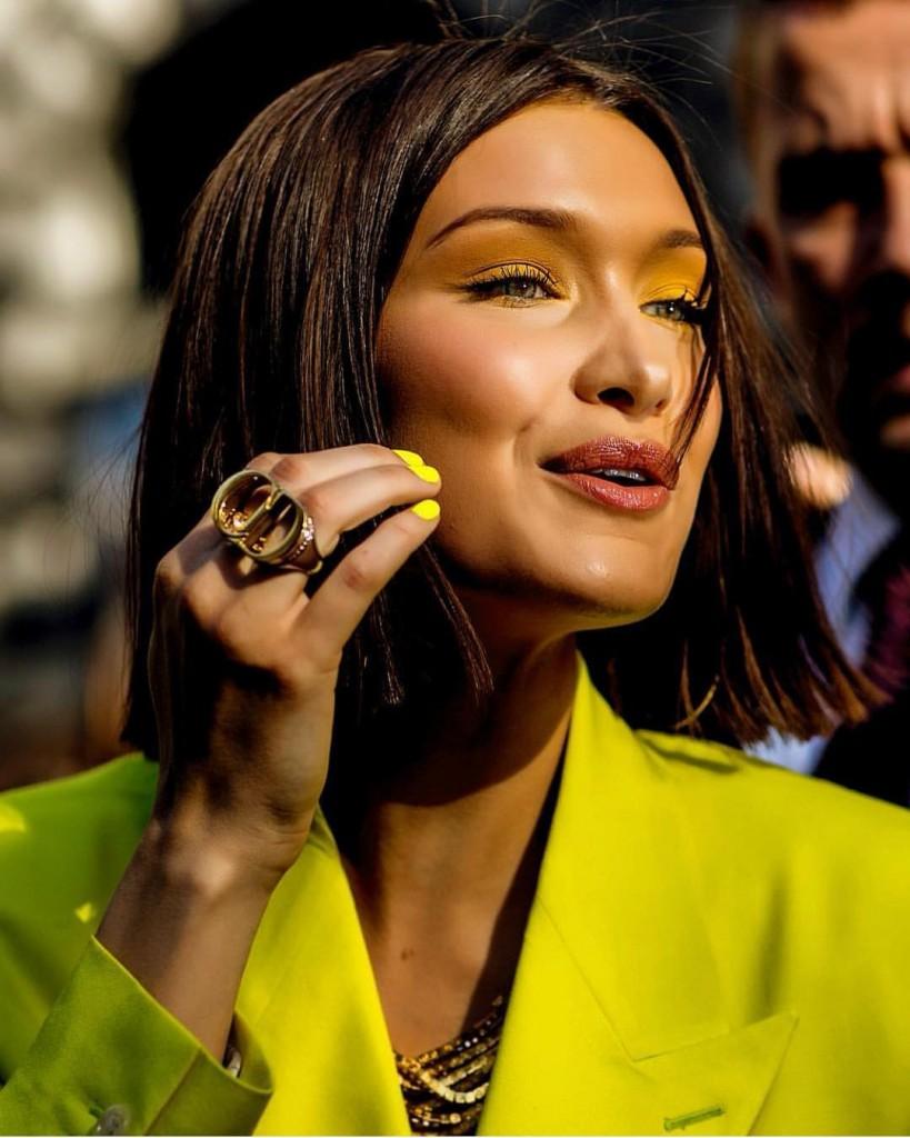 Instagram: @bellahadid, το πιο hot χρώμα του καλοκαιριού για τα νύχια