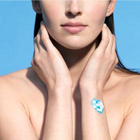 My UV Patch: Η wearable τεχνολογία που σας θυμίζει πότε να ανανεώσετε το αντηλιακό σας