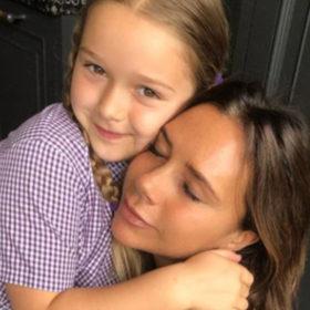 H Victoria Beckham μας δείχνει πως περνάει τα πρωινά της με την Harper