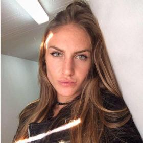 Νέο hair look για την Κατερίνα Δαλάκα!