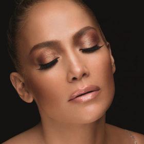 Get the Look: Όλα τα μυστικά της Jennifer Lopez για το απόλυτο καλοκαιρινό μακιγιάζ