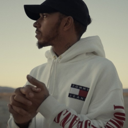 tommy_hilfiger_whats_your_drive_lewis_hamilton