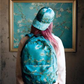 """Η Vans πήρε την τέχνη του Van Gogh """"Off The Wall"""" και δημιούργησε μία συλλεκτική συλλογή"""