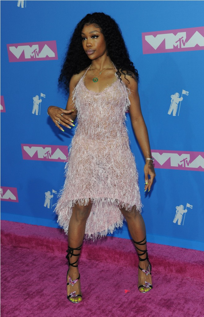 attends the MTV VMA  awards show at Radio City Music Hall on August 20, 2018 in New York City.  Pictured: SZA Ref: SPL5017367 210818 NON-EXCLUSIVE Picture by: Jackie Brown / SplashNews.com  Splash News and Pictures Los Angeles: 310-821-2666 New York: 212-619-2666 London: 0207 644 7656 Milan: +39 02 4399 8577 Sydney: +61 02 9240 7700 photodesk@splashnews.com  World Rights