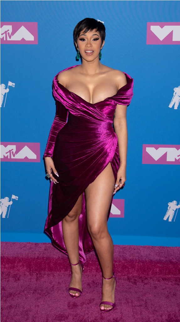 2018 MTV Video Music Awards -Arrivals Radio City Music Hall, NY  Pictured: Cardi B Ref: SPL5017429 200818 NON-EXCLUSIVE Picture by: Janet Mayer / SplashNews.com  Splash News and Pictures Los Angeles: 310-821-2666 New York: 212-619-2666 London: 0207 644 7656 Milan: +39 02 4399 8577 Sydney: +61 02 9240 7700 photodesk@splashnews.com  World Rights