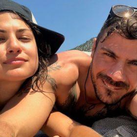 Χωρισμός στη showbiz: Άκης Πετρετζίκης και Φωτεινή Παπαλεωνιδοπούλου δεν είναι πια μαζί