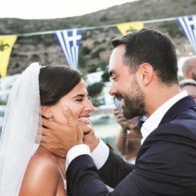 Σάκης Τανιμανίδης – Χριστίνα Μπόμπα: Το άλμπουμ του γάμου και όσα όσα ζήσαμε εκεί
