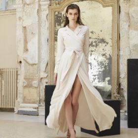 Πέντε μάξι φορέματα που χρειάζεστε για το φθινόπωρο