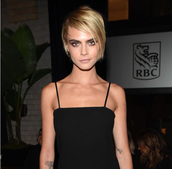 Getty Images, Μία καινούργια μέρα, ένα νέο hair look για την Cara Delevingne