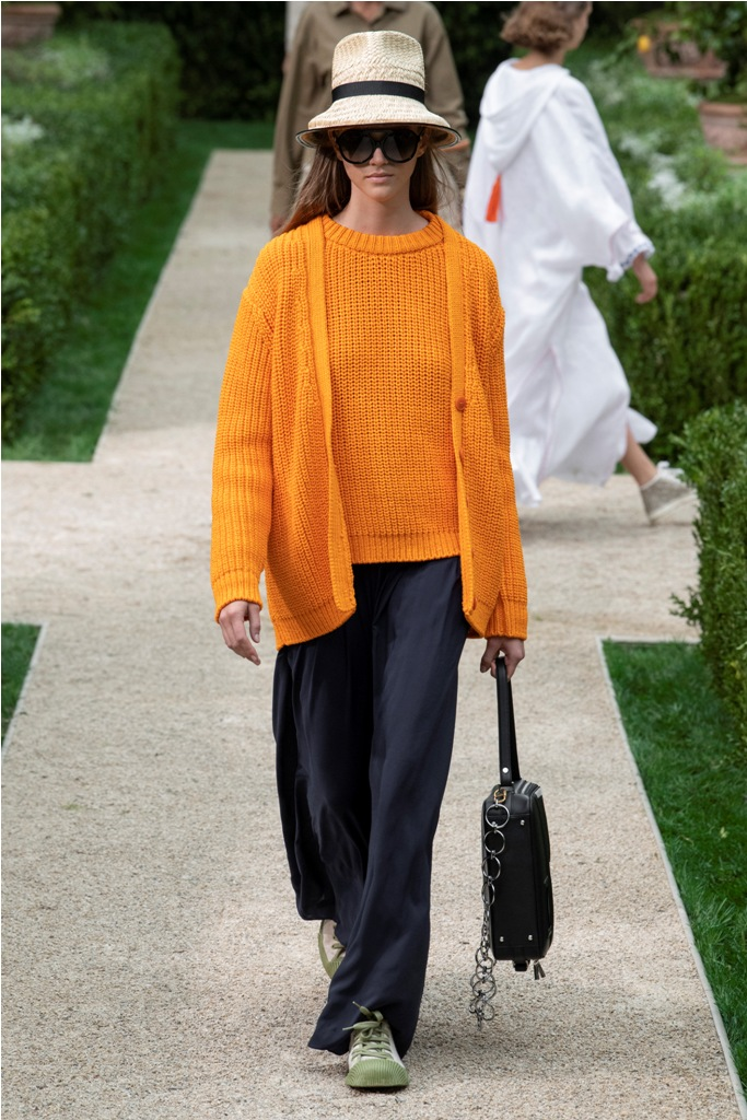 A Model wearing an outfit from the Women's ready to wear collections, Spring/Summer 2019, original creation, during the Fashion Week in New York, USA, from the house of Tory Burch
