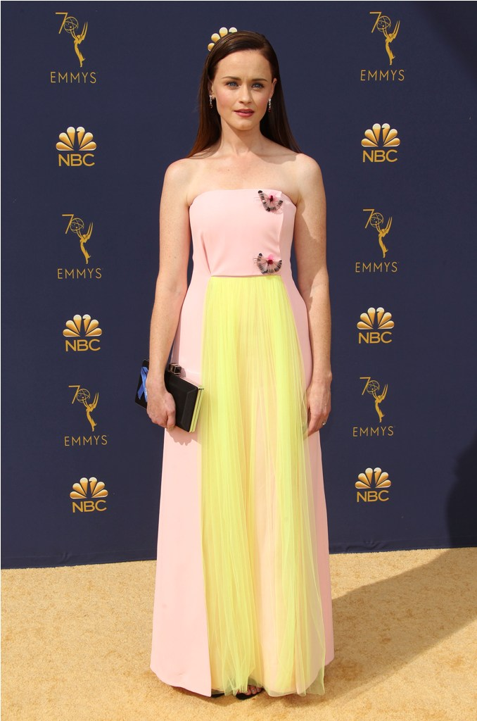 2018 Emmy Awards-  Los Angeles  Pictured: Alexis Bledel Ref: SPL5025244 170918 NON-EXCLUSIVE Picture by: Jen Lowery / SplashNews.com  Splash News and Pictures Los Angeles: 310-821-2666 New York: 212-619-2666 London: 0207 644 7656 Milan: +39 02 4399 8577 Sydney: +61 02 9240 7700 photodesk@splashnews.com  World Rights