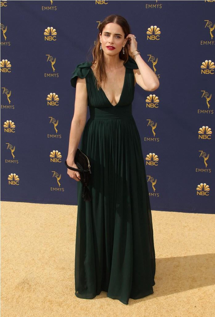 2018 Emmy Awards-  Los Angeles  Pictured: Amanda Peet Ref: SPL5025244 170918 NON-EXCLUSIVE Picture by: Jen Lowery / SplashNews.com  Splash News and Pictures Los Angeles: 310-821-2666 New York: 212-619-2666 London: 0207 644 7656 Milan: +39 02 4399 8577 Sydney: +61 02 9240 7700 photodesk@splashnews.com  World Rights