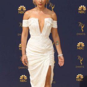 Η πιο διάσημη γυναίκα στα βραβεία Emmy φόρεσε Έλληνα σχεδιαστή