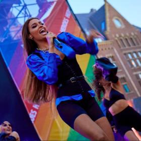 Ελένη Φουρέιρα: Η τραγουδίστρια χωρίς μακιγιάζ και extension είναι πιο ωραία από ποτέ