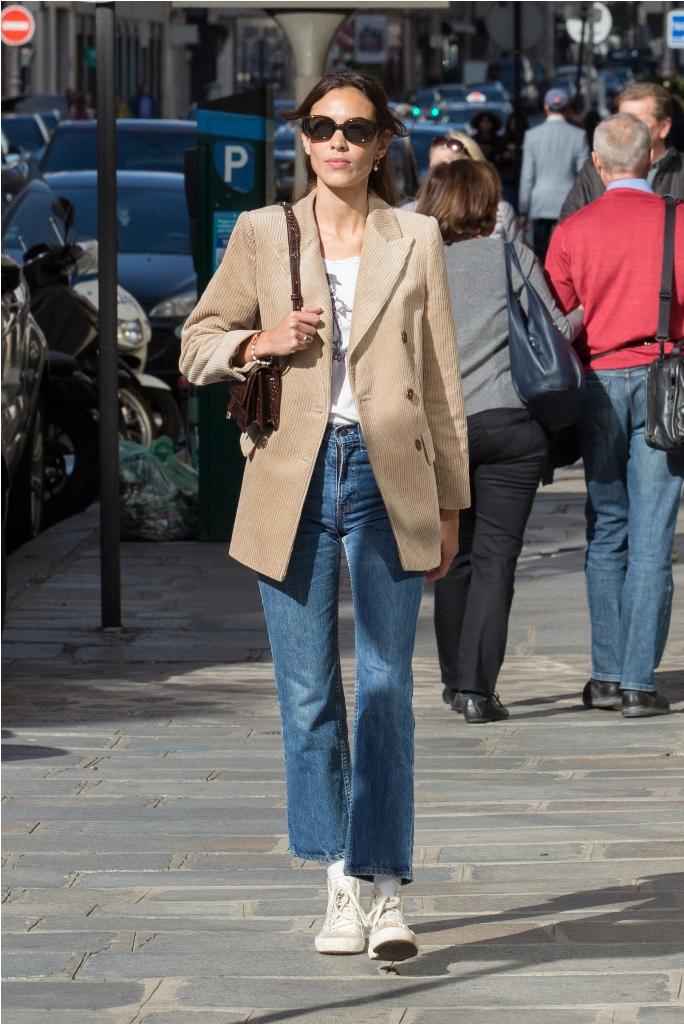 Alexa Chung spotted wearing MANGO blazer