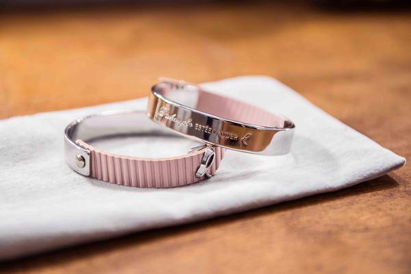 Estee Lauder  bracelet