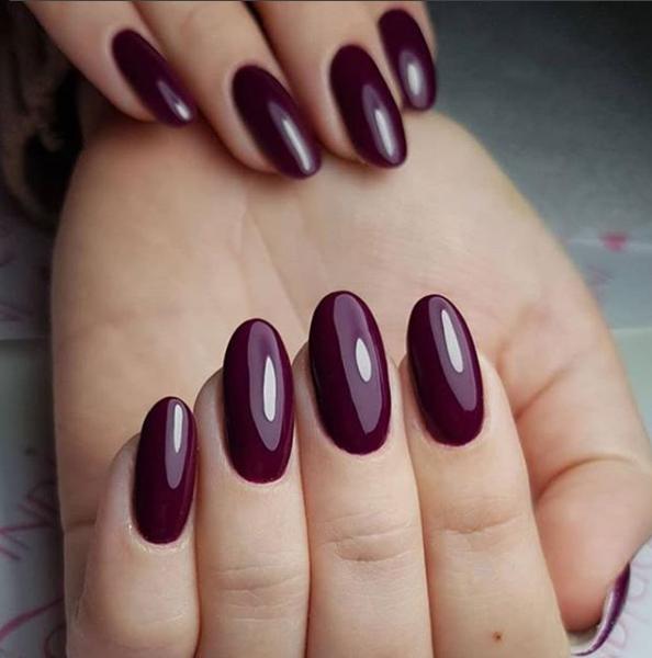 dark nails 1