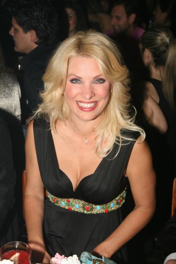2007 Eleni Menegaki Ελένη Μενεγάκη ξανθά μαλλιά