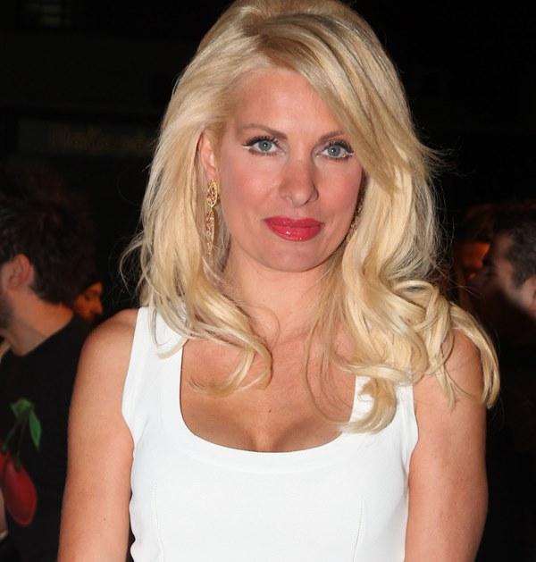 2011 Eleni Menegaki Ελένη Μενεγάκη ξανθά μαλλιά