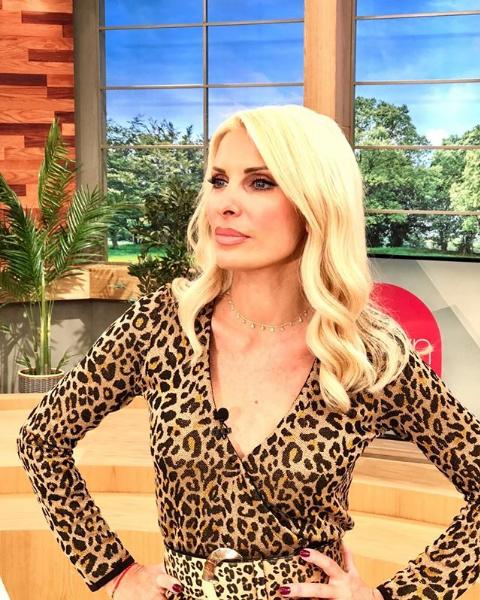 Eleni Menegaki Ελένη Μενεγάκη ξανθό μαλλί