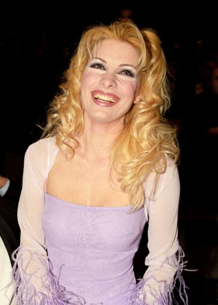 Eleni Menegaki Ελένη Μενεγάκη ξανθά μαλλιά 2000