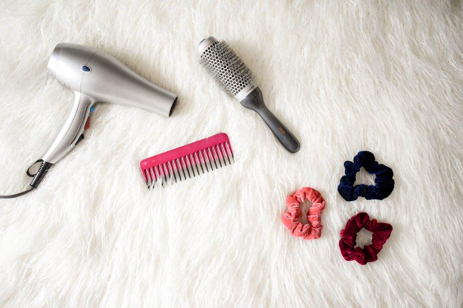στέγνωμα μαλλιών προιόντα