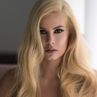 maria korinthiou Μαρία Κορινθιού έγινε ξανθιά 1 600x600
