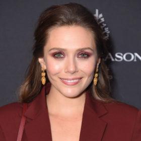 Cherry Eyed: Η απόλυτη makeup τάση της σεζόν θέλει βουργουνδί αποχρώσεις στα μάτια σας