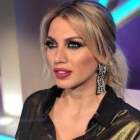 Κωνσταντίνα Σπυροπούλου: Επέλεξε ένα υπέροχο shirt dress by Stelios Koudounaris στο Gala της Παρασκευής