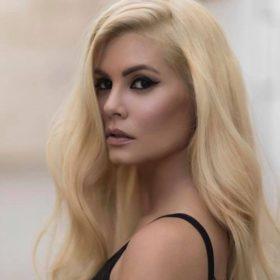 Η (Barbie) Μαρία Κορινθίου μοιράστηκε κάποια νέα μαζί μας